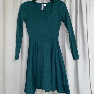 Green just above the knee v-neck dress.